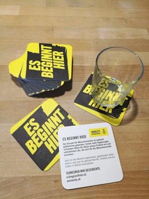 Esbeginnthier Bierdeckel | © Amnesty International