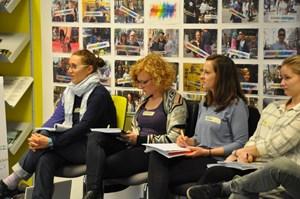 Thumbnail Diskussionsrunden Menschenrechtsbildung   © Amnesty International