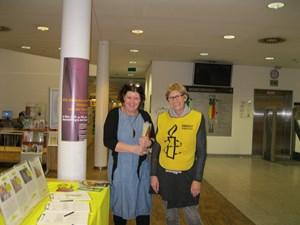 Thumbnail Briefmarathon in der Hauptbibliothek Wien (1) | © Elisabeth Klima