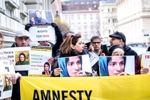 Thumbnail Iran Botschaft 22   © Amnesty International/Christopher Glanzl