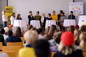 Thumbnail Ausstellungseröffnung – Bilder im Kopf - Menschenrechte im Alltag c BildungsdirektionfürWien Domnanovich (13)
