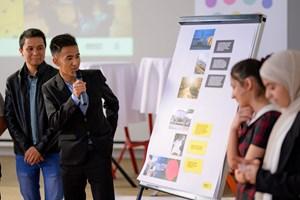 Thumbnail Ausstellungseröffnung – Bilder im Kopf - Menschenrechte im Alltag c BildungsdirektionfürWien Domnanovich (19)